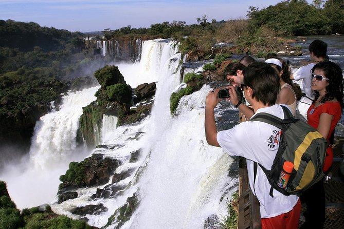 Excursão de dia inteiro nos dois lados das Cataratas do Iguaçu: brasileiro e argentino