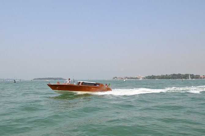 Private Departure Transfer: Venice Hotels to Venice Train or Bus Station
