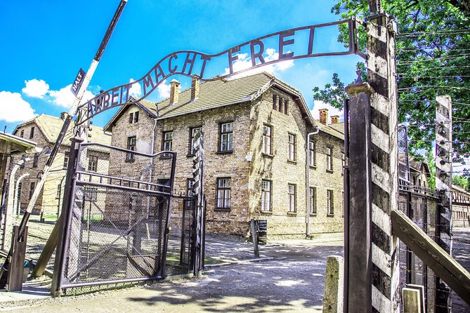 Auschwitz-Birkenau Memorial and Museum Trip from Krakow Old Town photo 4