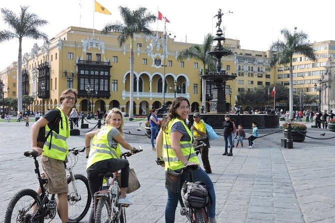 Recorrido en bicicleta por la ciudad de Lima