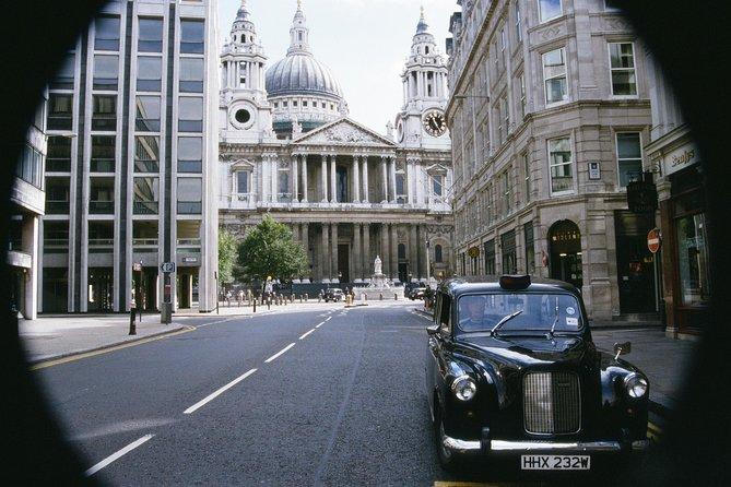 Private Tour: Harry Potter Black Taxi Tour of London