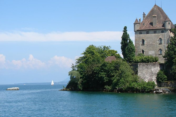 Self-Guided Tour of Yvoire and Steamer Boat Cruise from Geneva