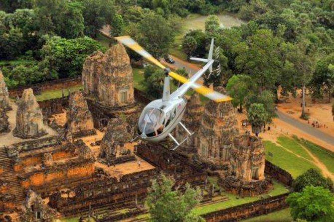 Vuelo en helicóptero por Angkor Wat con recorrido privado por los templos