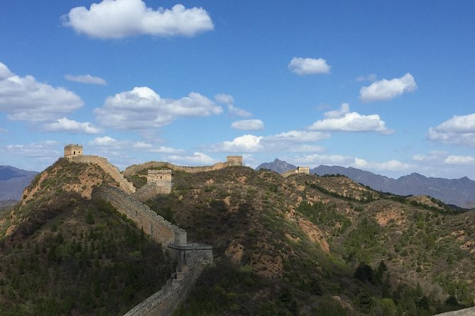 Private Tour to Jinshanling Original Section Great Wall with Box Lunch/Dinner