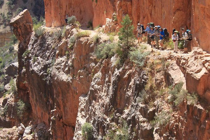 Grand Canyon Hike with Sedona and Flagstaff Hotel Pickup