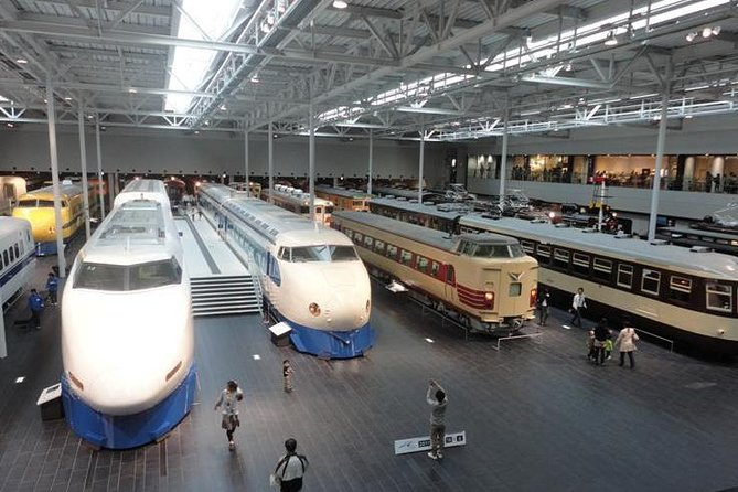 Guided Half-day Tour(PM) to Nagoya Castle and Modern Technology at SCMAGLEV photo 1