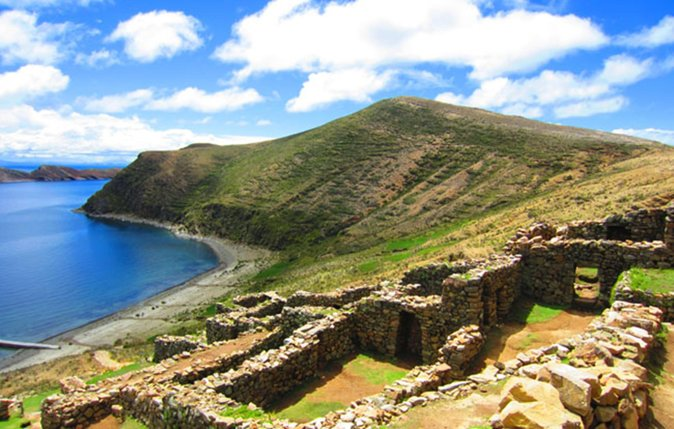 Full Day Tour to Sun Island in Copacabana from Puno photo 1
