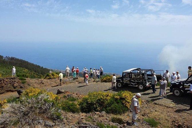 Safari de dia inteiro ao longo da costa noroeste da Ilha da Madeira saindo de Funchal