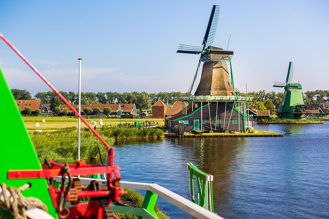 Amsterdam Super Saver: Bruges Full-Day & Countryside and Windmills Half-Day Tour photo 10