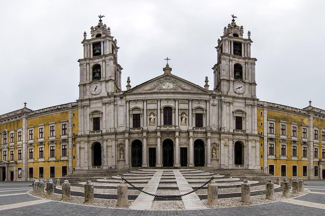 Full Day Private Tour - Mafra Heritage with Ericeira