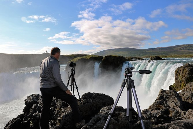 Tour en jeep en 4x4 por la cascada de los dioses desde Akureyri