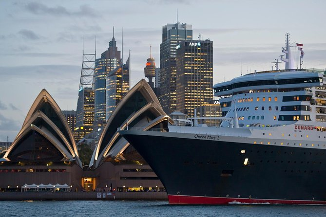 Airport Shuttle Transfer from Sydney Airport to Circular Quay Cruise Terminal