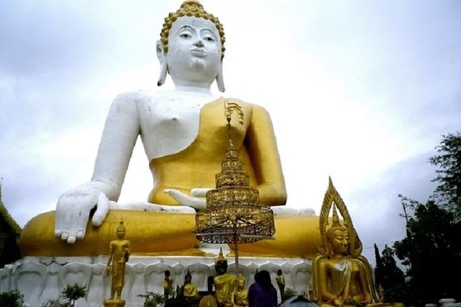 Wiang Kum Kam and Wat Phra That Doi Suthep Private Tour