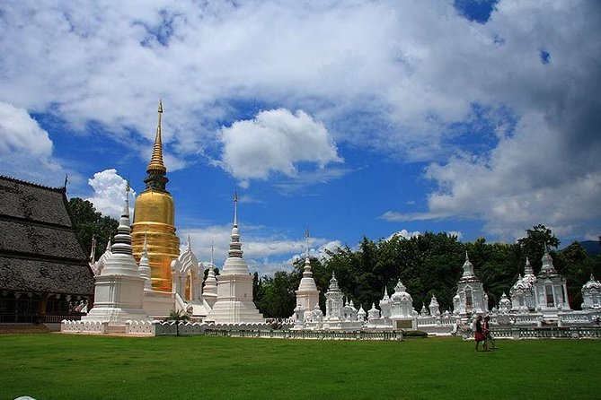 Private Chiang Mai Temple Tour with Doi Suthep and Wat Umong