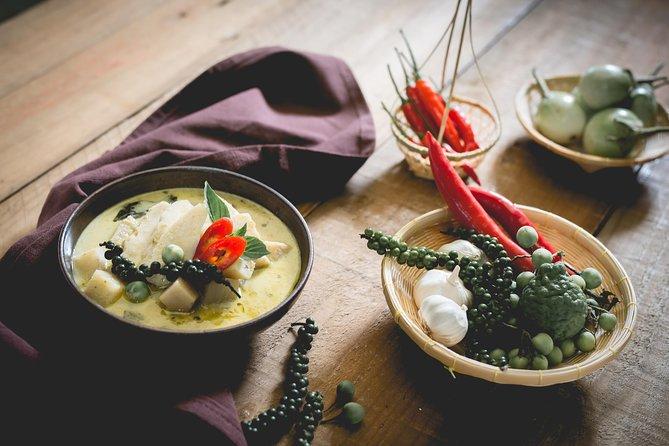 2,5-Hour Thai Cooking Workshop in Koh Samui with Organic Garden Tour