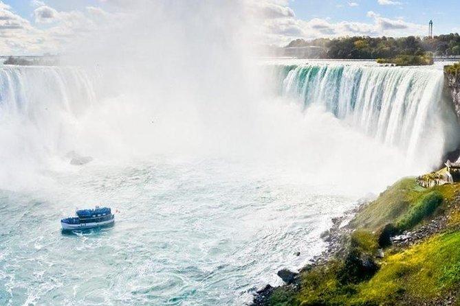 Viagem de um dia guiada por Niagara Falls USA saindo de Nova York por via aérea