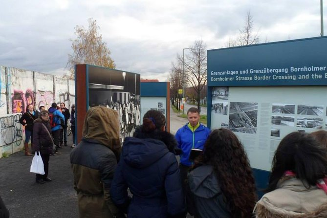 2.5-Hour Berlin Wall and Memorial Sites Walking Tour