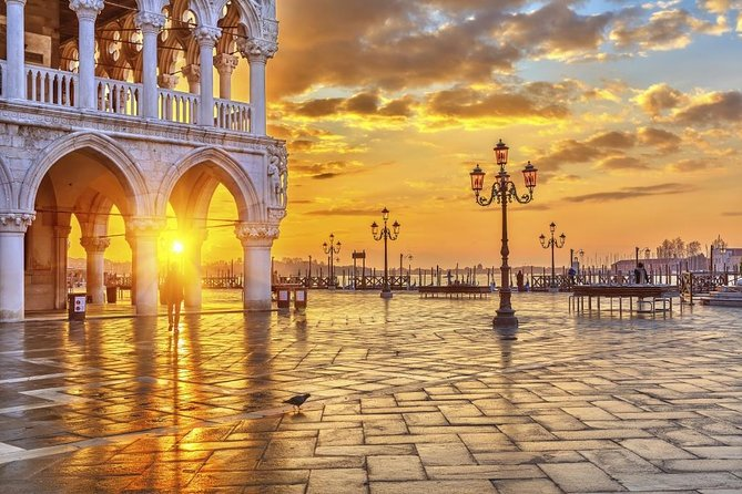 Doge's Palace & Prisons Ticket and Tour