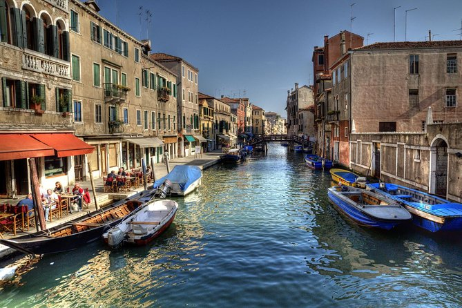 Venice Canal Cruise: 2-Hour Grand Canal and Secret Canals Semi-Private tour