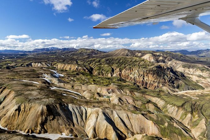 Sightseeing flight over Landmannalaugar and the Icelandic highland