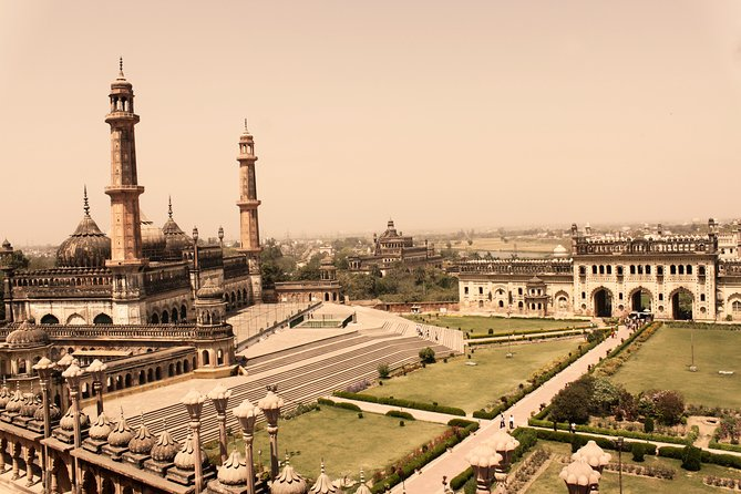 6-Hour Lucknow Sightseeing Tour with Hotel Pickup