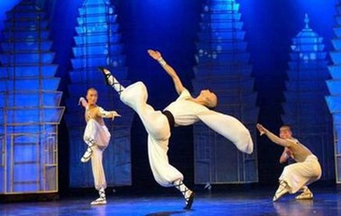 Beijing Evening Kung Fu Show In Red Theater With Private Transfers