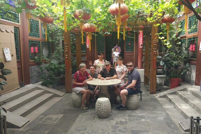 Private Hutong Culture Tour with Dumpling Cooking Class plus Cricket Fighting Game