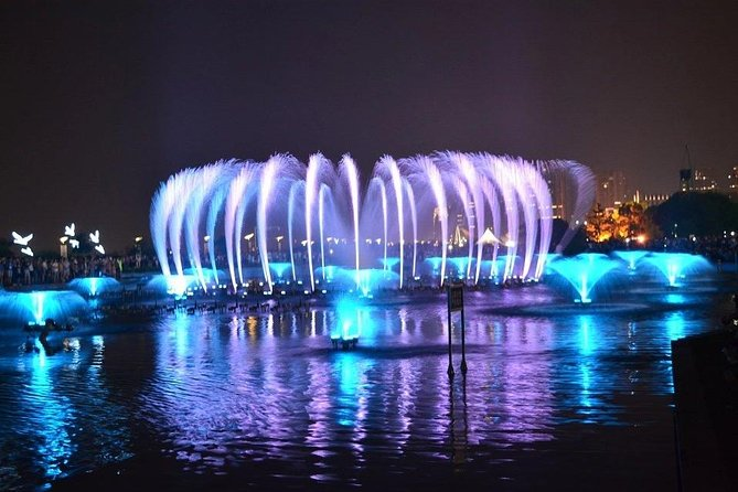 Nanchang Autumn Water Square Music Fountain Night Show with Local Food Dinner
