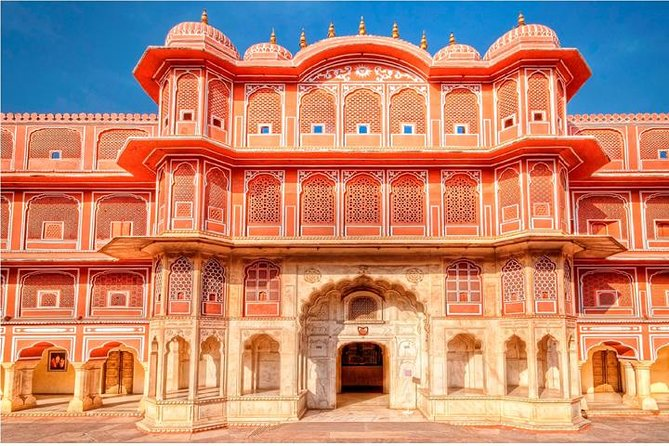 Jaipur sightseeing tour with professional guide