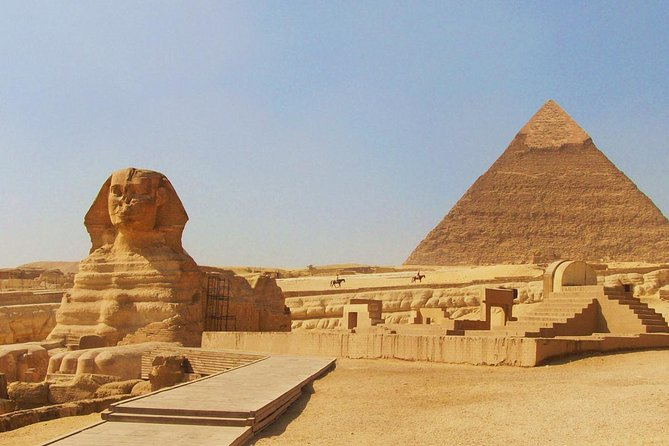 Great Pyramids and Sphinx 5-Hour Tour