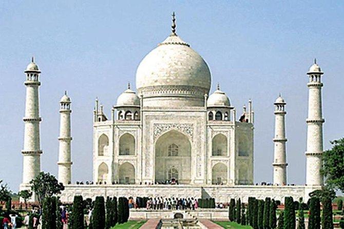 Delhi Agra Delhi: By Toyota Sedan Car : Same Day Trip