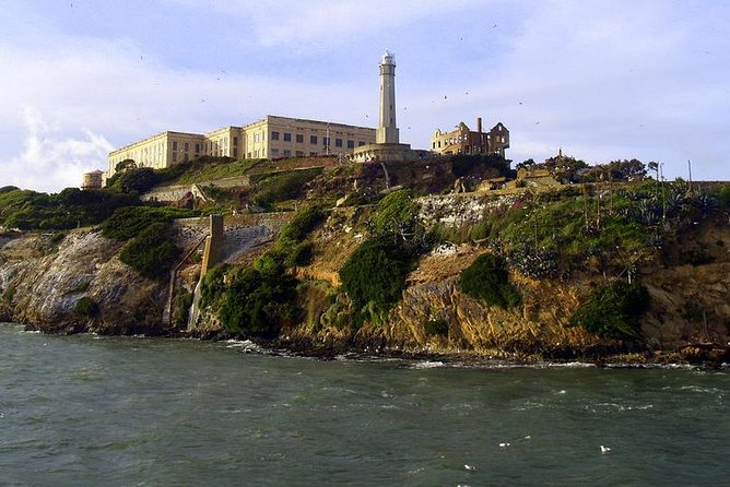 Alcatraz Tour plus Muir Woods and Sausalito Day Trip