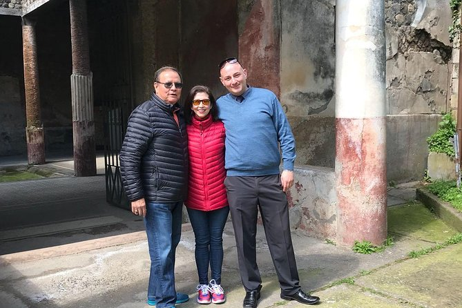 Rome city day tour with your private driver photo 2