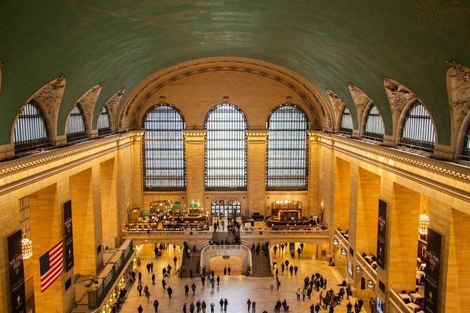NYC Secrets of Grand Central Terminal Private Walking Tour