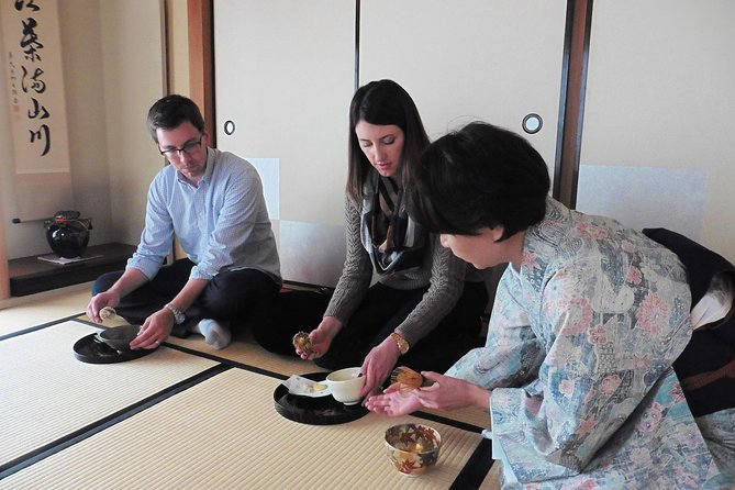 Authentic Japanese Green Tea and Wagashi Experience in Tokyo photo 1