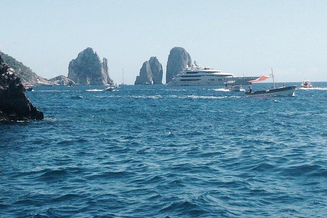 Island of Capri Private Boat tour with Skipper