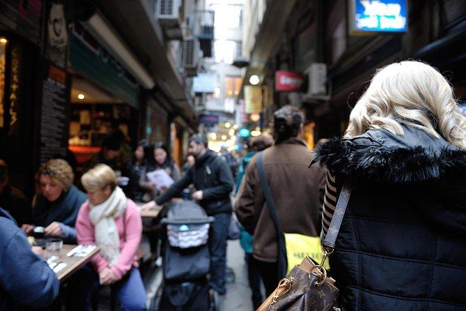 Laneways Walking Tour of Melbourne Including Macaron Tasting