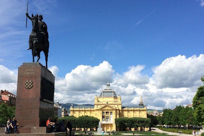 MAXI TOUR ZAGREB