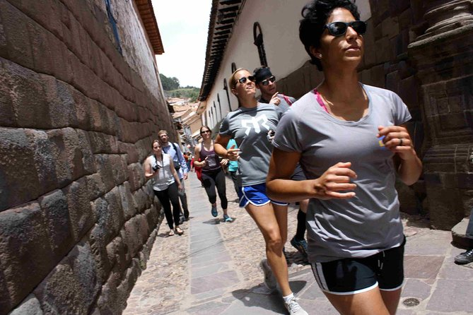 7K Running Tour from Sacsayhuaman to Cusco's Historical Center photo 1