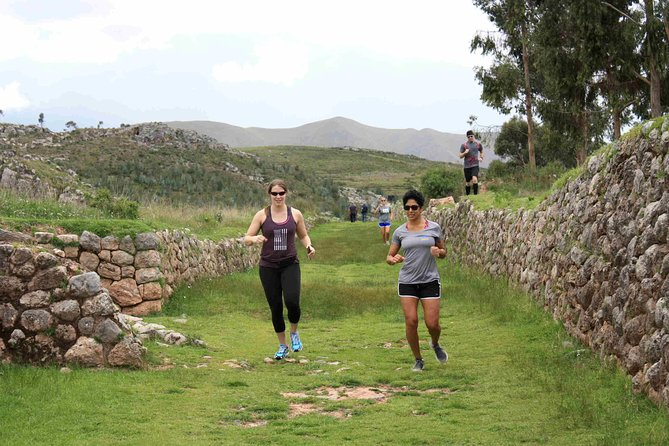7K Running Tour from Sacsayhuaman to Cusco's Historical Center photo 2