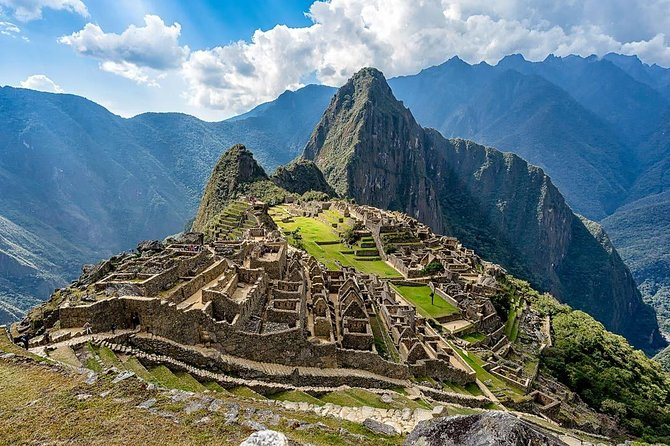 Airport Transfer, City Tour, Sacred Valley & Machupicchu (All Included)
