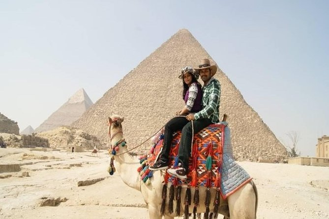 Day Tour to Giza pyramids Egyptian Museum and Khan El Khalili Bazaar
