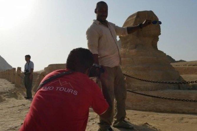 Cairo highlights visit Giza Pyramids and Sphinx
