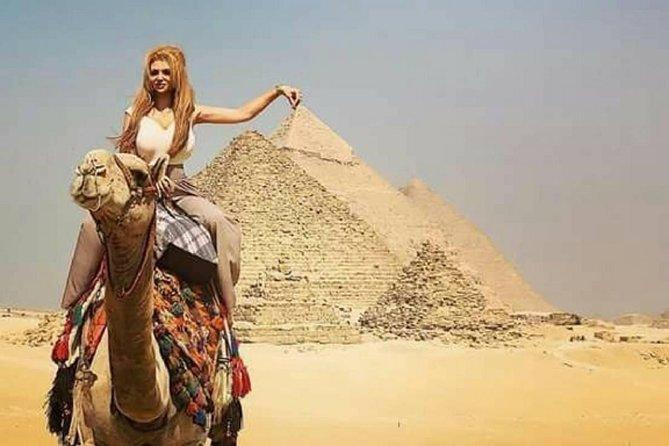 Day Tour to Giza Pyramids Egyptian Museum and Khan Khalili Bazaar