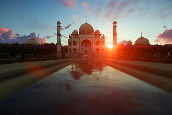 Private Day Excursion :Agra Sightseeing with Sunrise and Sunset of Tajmahal