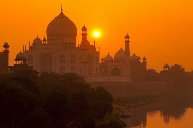 Taj Mahal Sunrise & Sunset Tour By Car photo 2