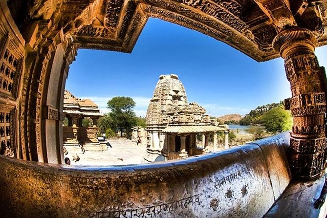 Guided Tour To Saas-Bahu Temple and Eklingji Temple Trip