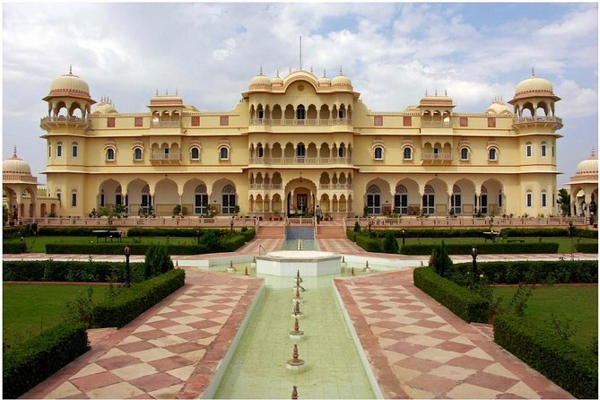 Nahargarh Fort Skip the Line E-Tickets with Guide