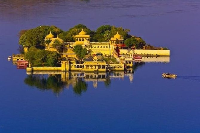 Tour To Jagmandir Udaipur with Skip-The-Line E-Tickets