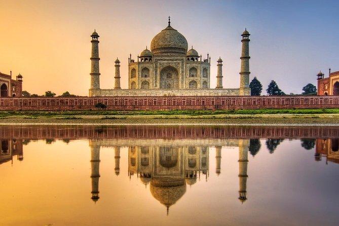 Skip the Line: Taj mahal E-Tickets w/ optional Guide